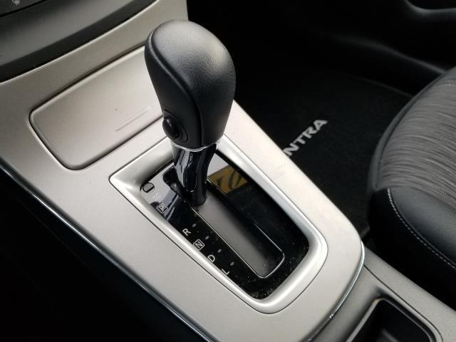 2015 Nissan Sentra SV 23