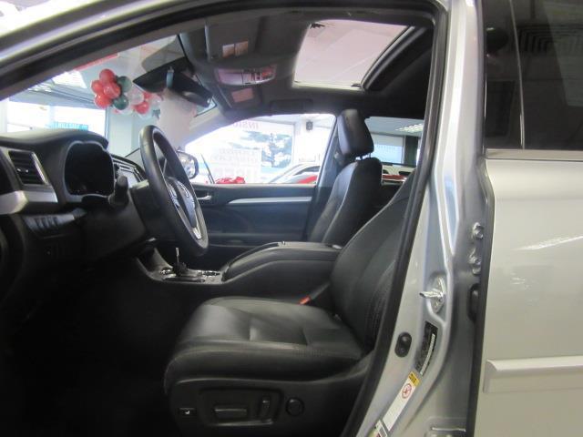 2018 Toyota Highlander XLE 9