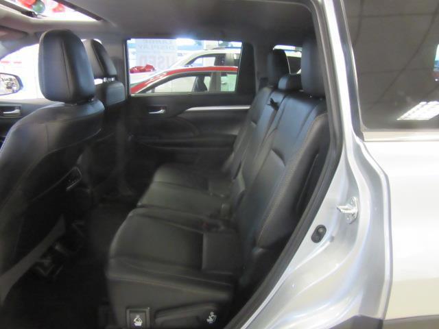 2018 Toyota Highlander XLE 10