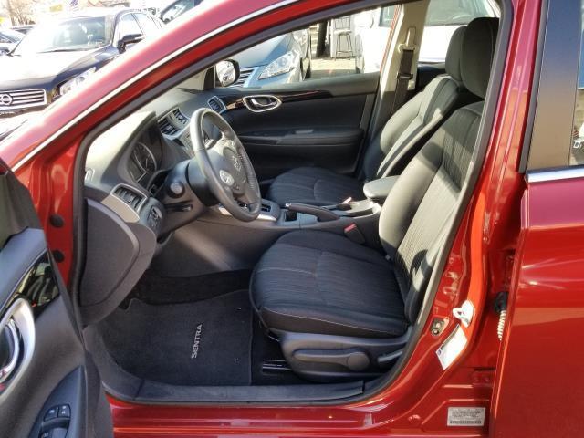 2017 Nissan Sentra SV 8