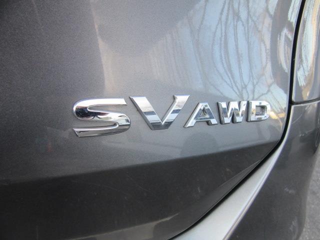 2016 Nissan Rogue SV 8