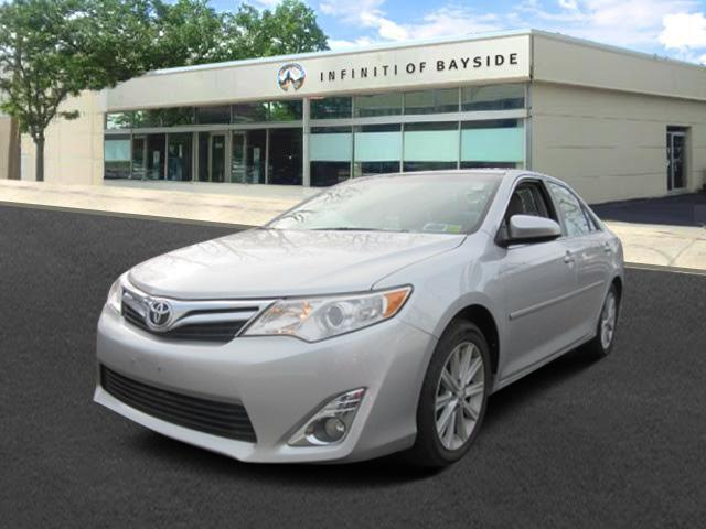 2012 Toyota Camry XLE 0
