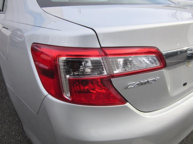 2012 Toyota Camry XLE 8