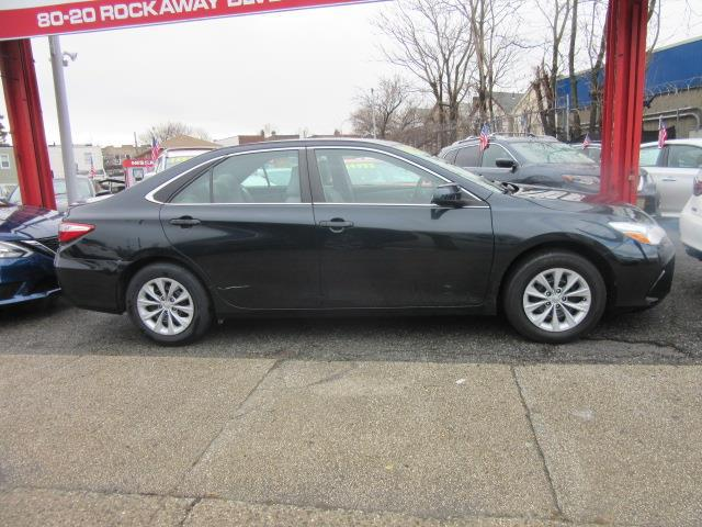 2015 Toyota Camry LE 3