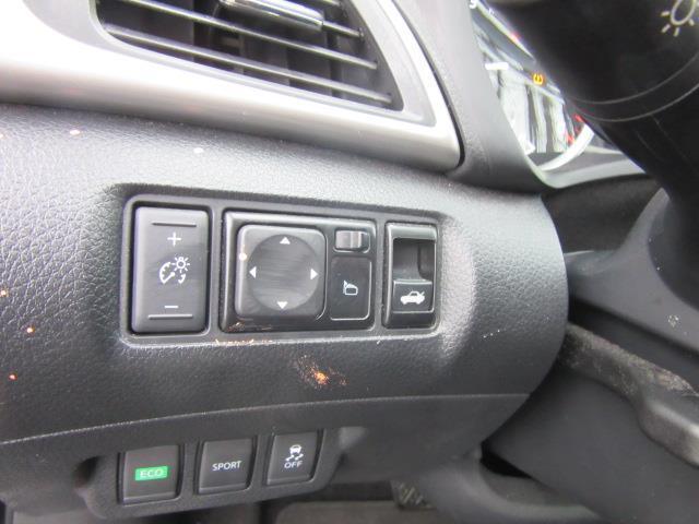 2017 Nissan Sentra SR 16