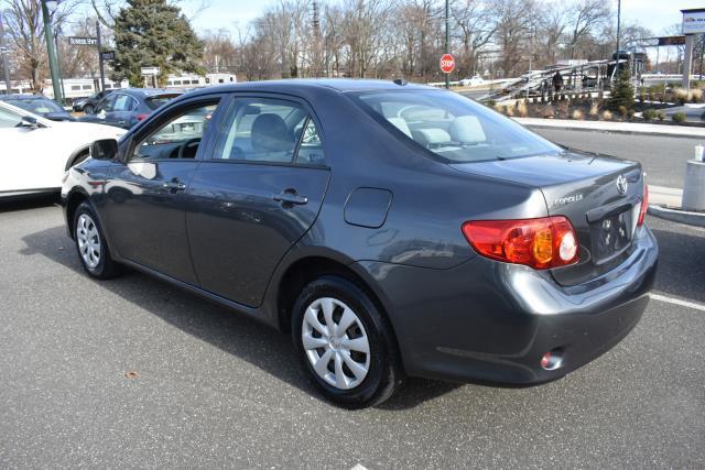 2010 Toyota Corolla LE 3