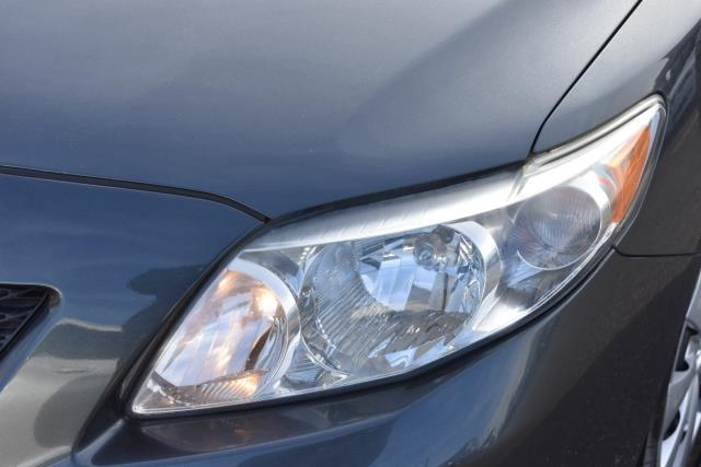 2010 Toyota Corolla LE 9
