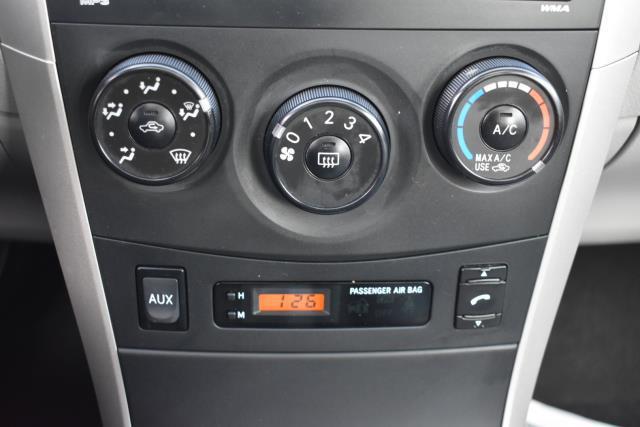 2010 Toyota Corolla LE 22