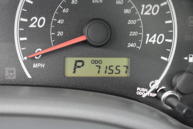 2010 Toyota Corolla LE 29