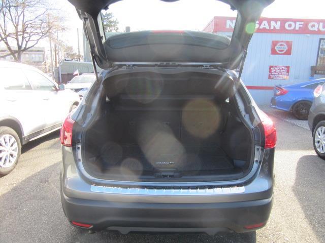 2017 Nissan Rogue Sport SL 3