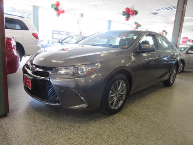 2017 Toyota Camry SE