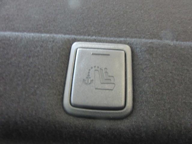 2017 Toyota Camry SE 11