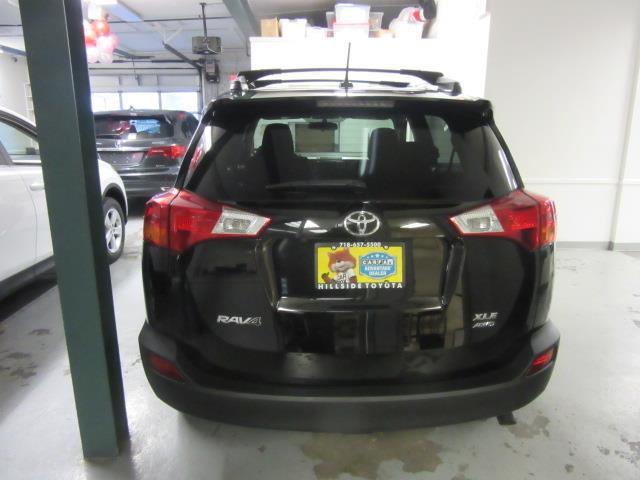 2015 Toyota RAV4 XLE 4