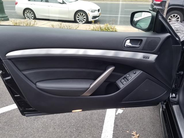 2015 INFINITI Q60 Coupe 2dr Auto AWD 12