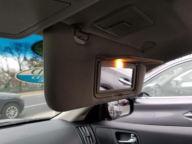 2015 INFINITI Q60 Coupe 2dr Auto AWD 23