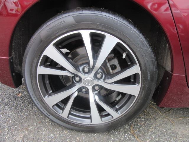 2016 Nissan Maxima 3.5 SV 8