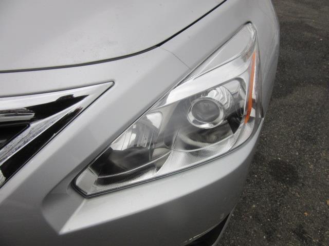 2015 Nissan Altima 2.5 SV 7