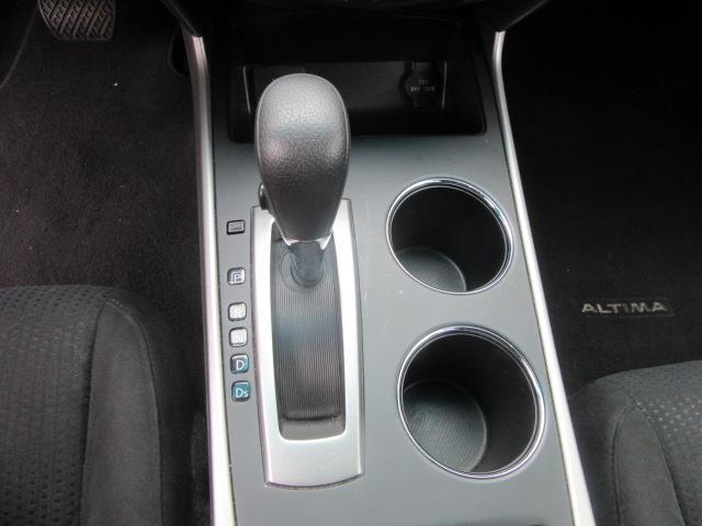 2015 Nissan Altima 2.5 SV 25
