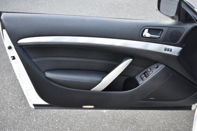 2014 INFINITI Q60 Coupe 2dr Auto AWD 9