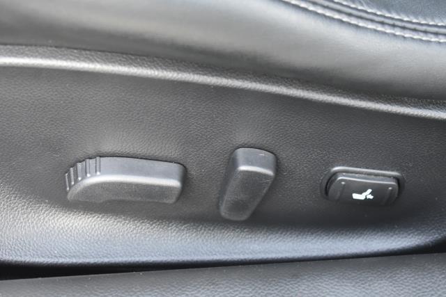 2014 INFINITI Q60 Coupe 2dr Auto AWD 11