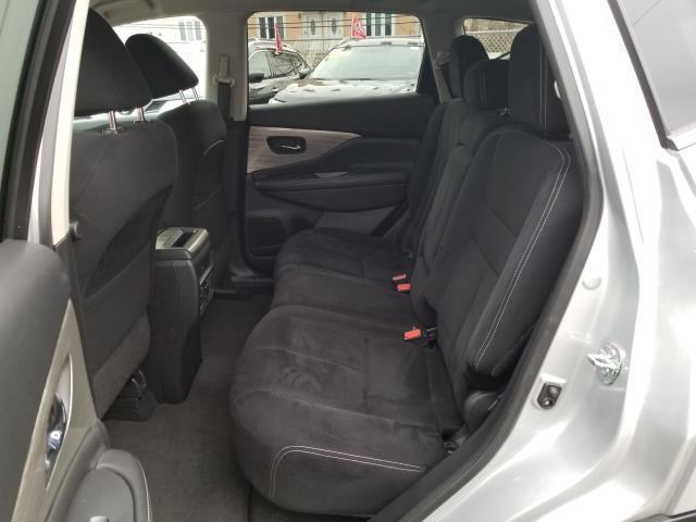 2016 Nissan Murano SV 9