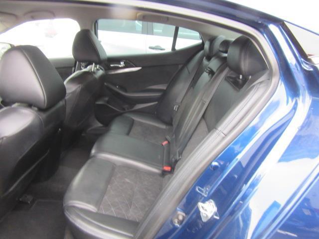 2016 Nissan Maxima 3.5 SR 10