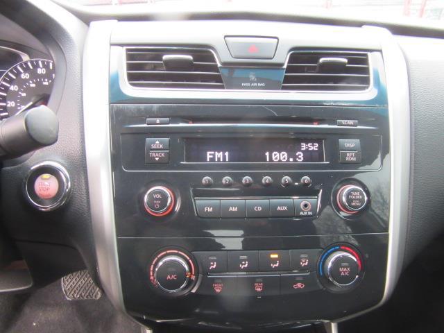 2013 Nissan Altima 2.5 S 21