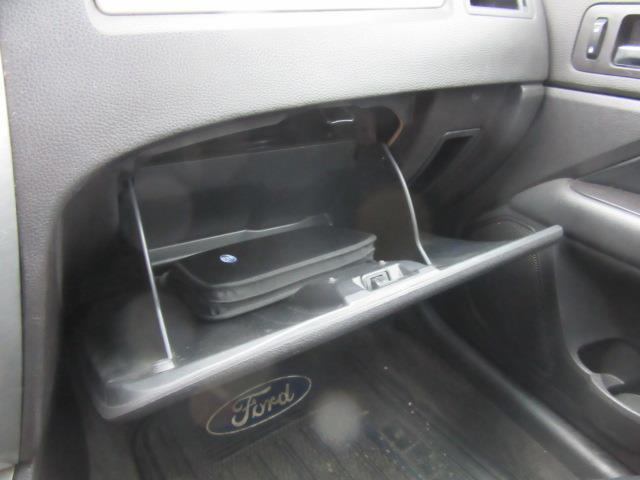 2011 Ford Fusion SE 23