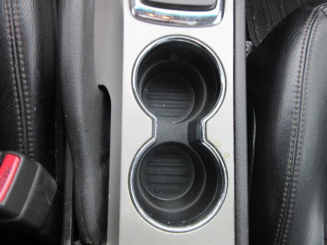 2011 Ford Fusion SE 24