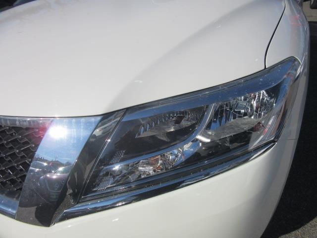 2016 Nissan Pathfinder S 6