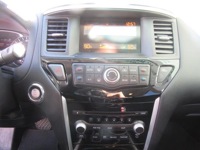 2016 Nissan Pathfinder S 25