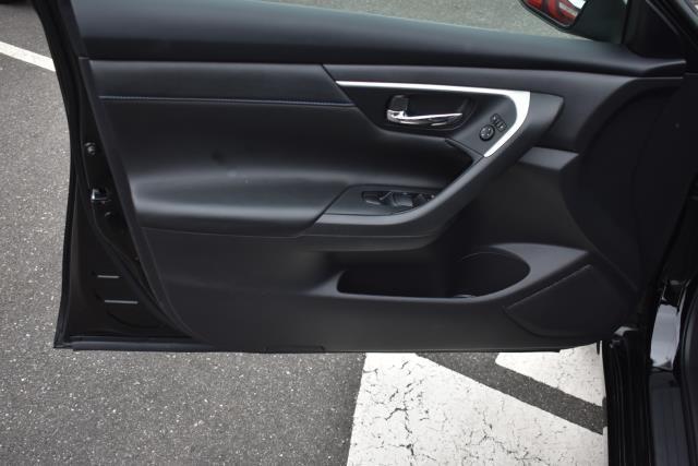 2018 Nissan Altima 2.5 SR 10