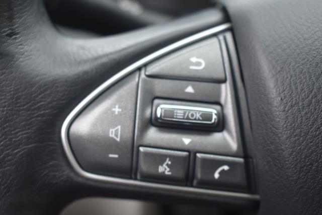 2015 INFINITI Q50 4dr Sdn AWD 17