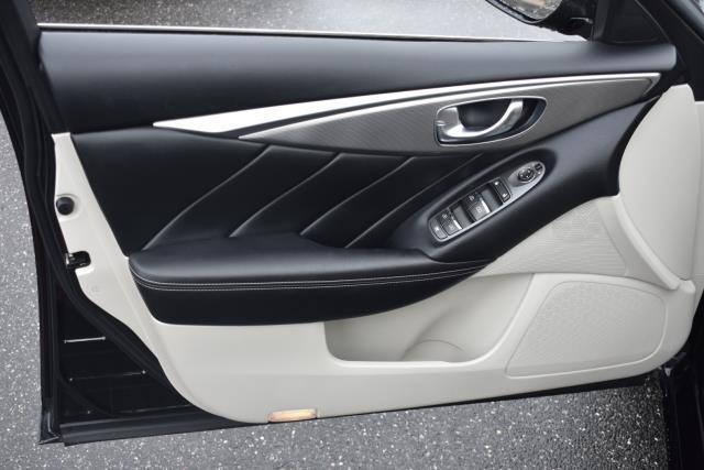 2015 INFINITI Q50 4dr Sdn AWD 12