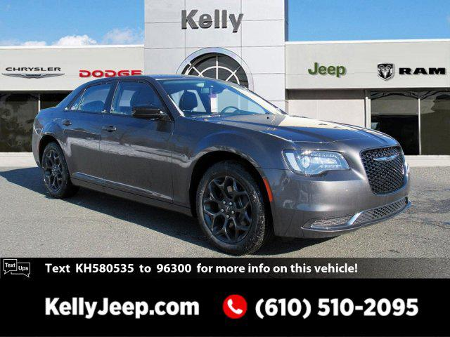2019 Chrysler 300 TOURING 4dr Car Slide
