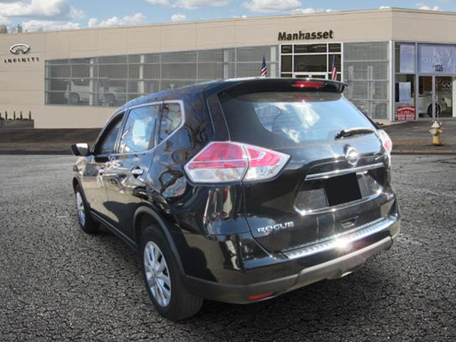 2015 Nissan Rogue S 1