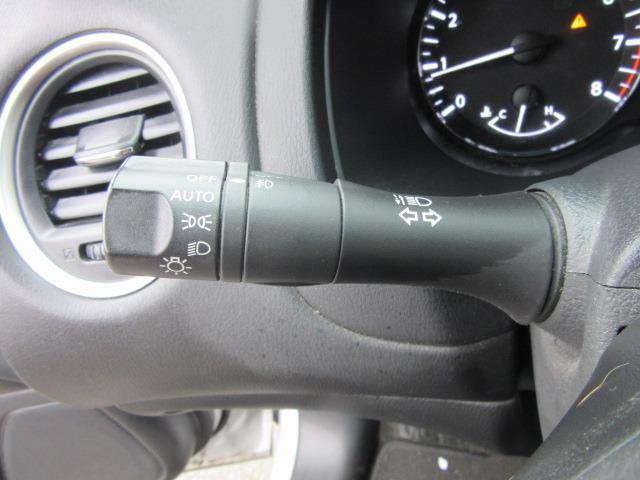 2015 Nissan Pathfinder SL 22