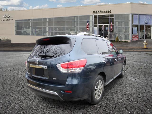 2016 Nissan Pathfinder S 2