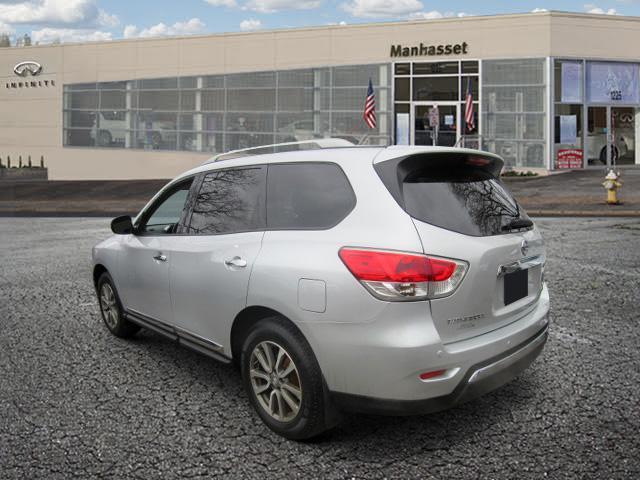 2015 Nissan Pathfinder SL 1
