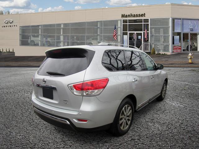 2015 Nissan Pathfinder SL 2