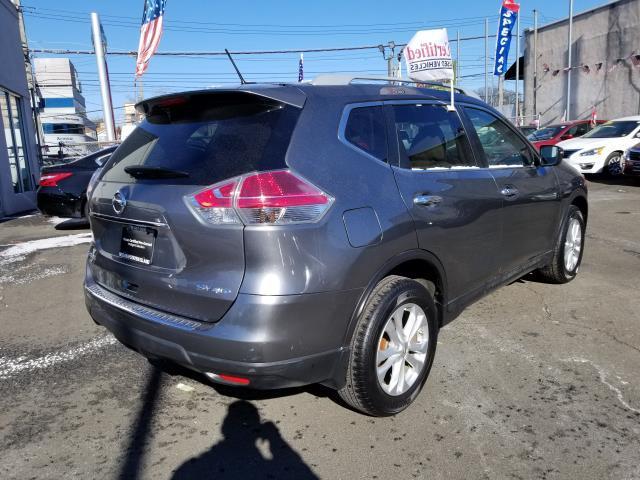 2015 Nissan Rogue SV 3