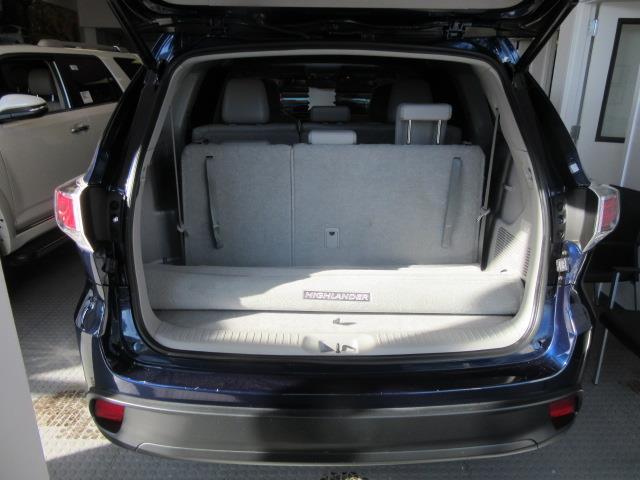 2016 Toyota Highlander XLE 3