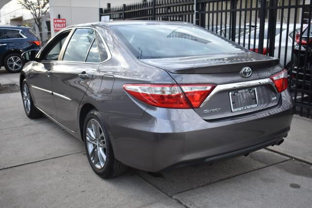 2017 Toyota Camry LE 2
