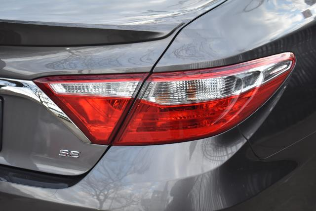 2017 Toyota Camry LE 8