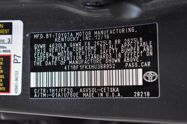 2017 Toyota Camry LE 29