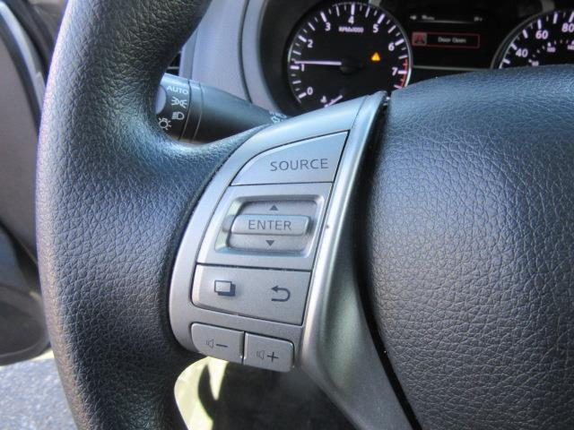 2013 Nissan Altima 2.5 S 19