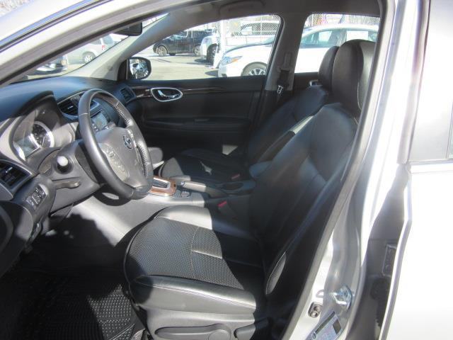 2015 Nissan Sentra SL 11