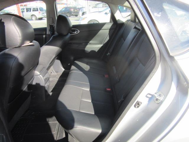 2015 Nissan Sentra SL 12