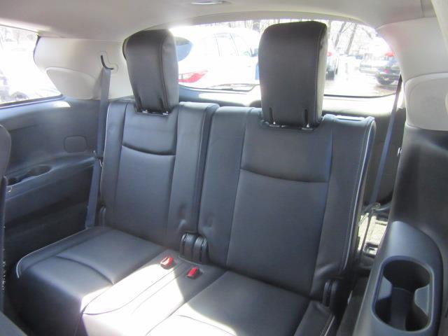 2018 INFINITI QX60 AWD 12