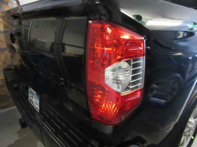 2016 Toyota Tundra 4WD Truck SR 4